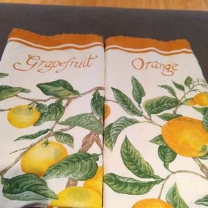 Pair of Williams Sonoma Fruit Kitchen Towels